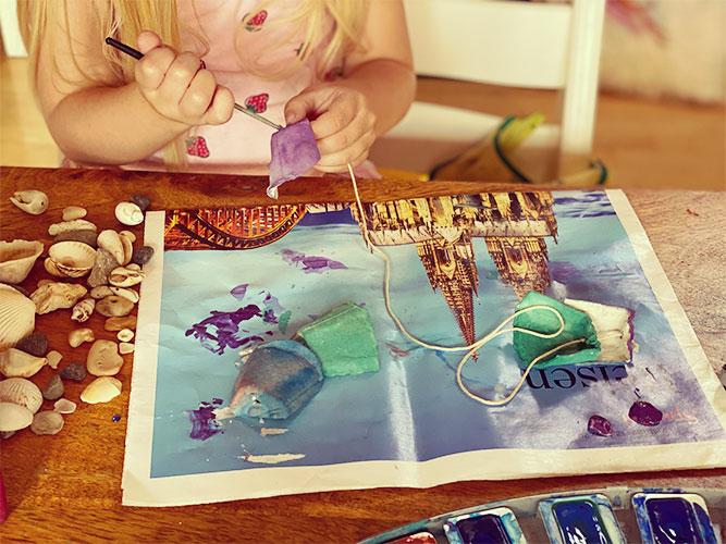 Meerjungfrau aus Eierkarton basteln Minimalismus